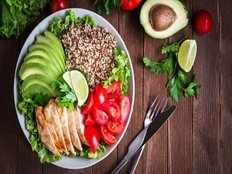 healthy eating women have less hearing troubles
