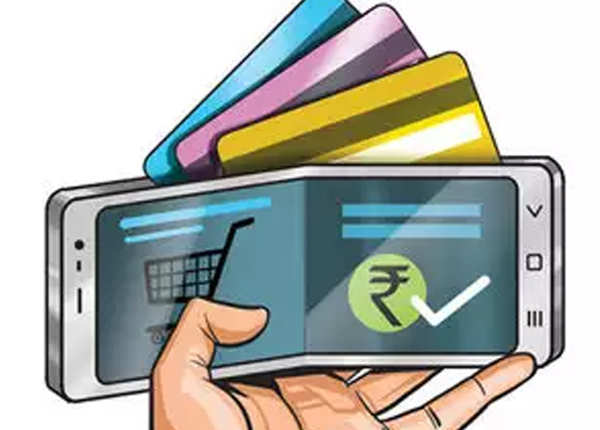 डेबिट-क्रेडिट कार्ड को रखें दूर