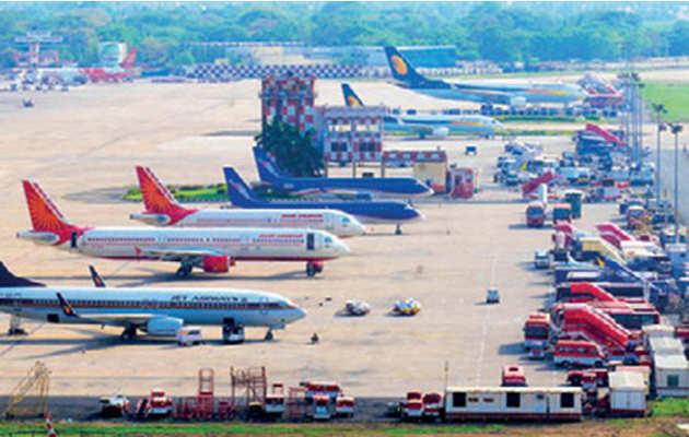 महंगा हुआ हवाई सफर, 17% तक बढ़ा किराया