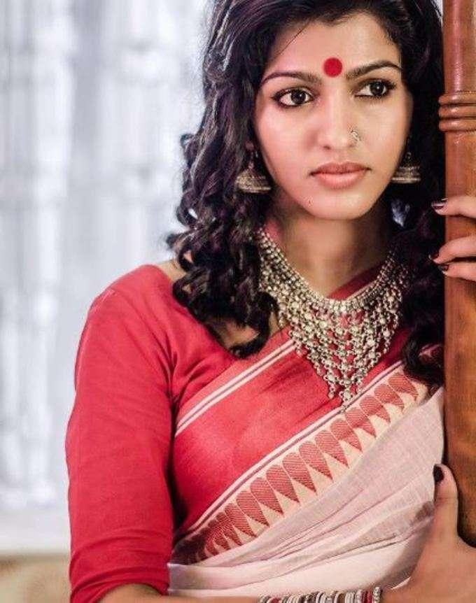 அழகிய சாய் தன்ஷிகா