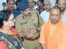 chief minister of uttar pradesh yogi adityanath slaps challan of a biker in kanpur on red light violation