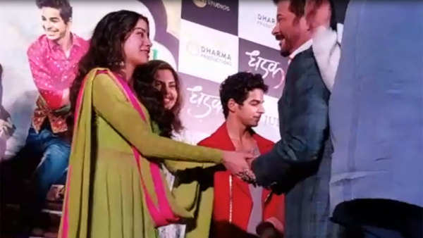 anil kapoors unique gesture towards janhvi after watching dhadak trailer