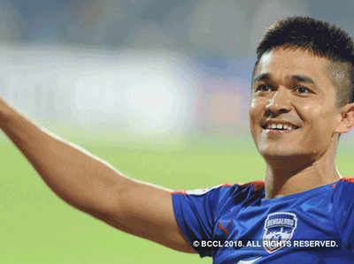 भारतीय फुटबॉल टीम के कप्तान सुनील छेत्री (फाइल फोटो)