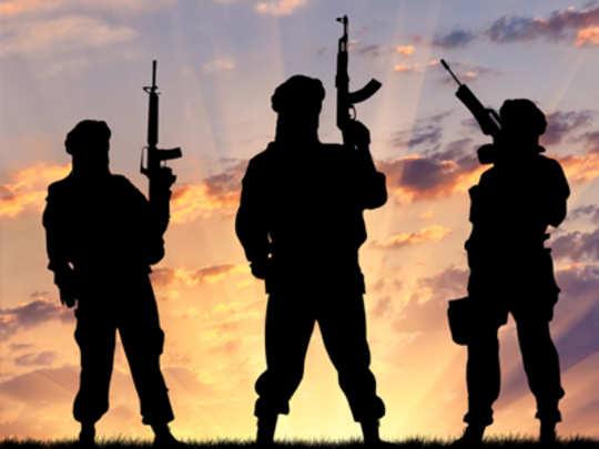 दहशतवाद्यांचा धुमाकूळ