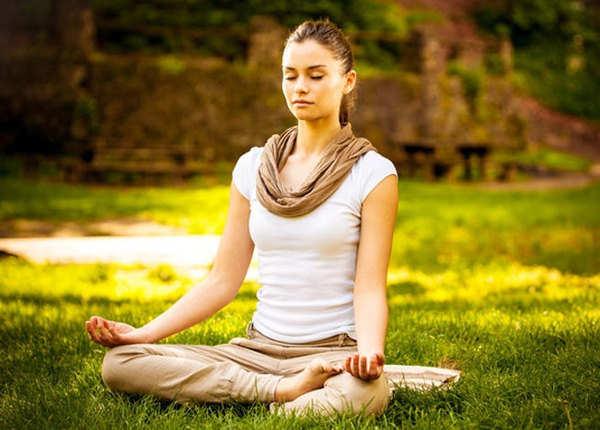 योग से बनी रहेगी प्राकृतिक सुंदरता
