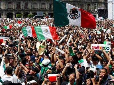 मेक्सिको के फैंस ने वर्ल्ड कप में डिफेंडिंग चैम्पियन जर्मनी पर जीत का जमकर जश्न मनाया था