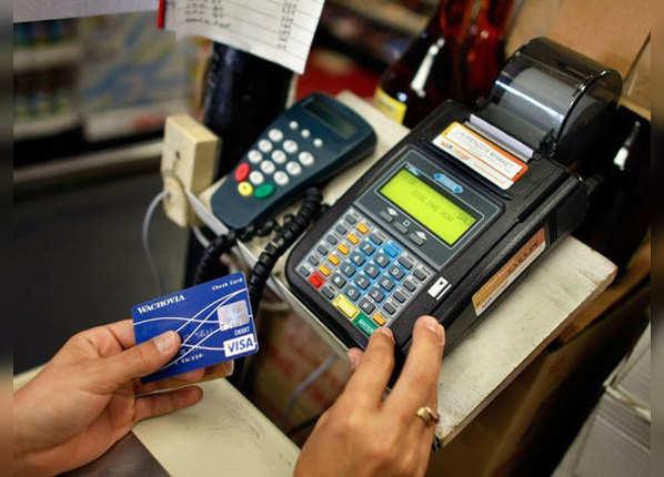 जानें, क्रेडिट कार्ड के 6 बड़े फायदे