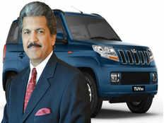 anand mahindra tweets to mahindra tuv 300 car customer