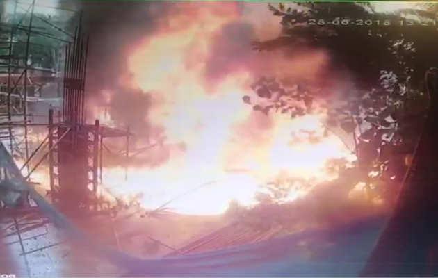 घाटकोपर प्लेन क्रैश: देखें, दुर्घटना के बाद कैसे हुआ विस्फोट