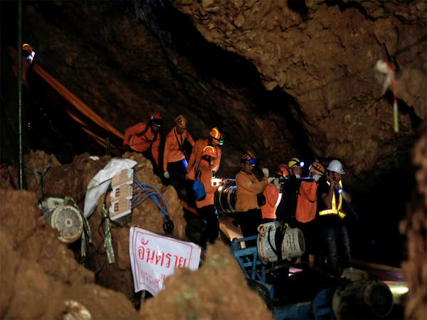 12 boys their football coach rescued from thai cave