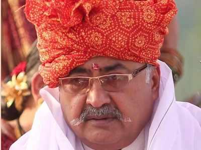 Rape Ke Aarop Mein Ghire Gujarat BJP Upaadhyaksh Jayanti Bhaanushaali Ka Isteefa