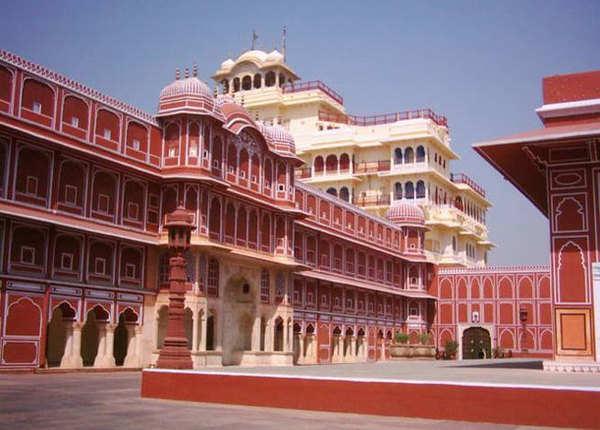 अपने शाही अंदाज के लिए जाना जाता है जयपुर