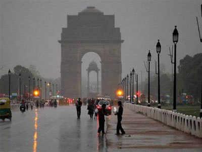Delhi-NCR Mein Aaj Bhi Ho Sakti Hai Jhamaajham Baarish