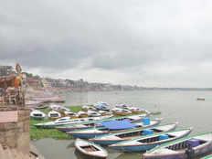 water level rises in ganga in varanasi