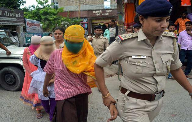 मुजफ्फरपुर के शेल्टर होम में 34 लड़कियों से रेप की पुष्टि, नशे की दवा खिलाकर होता था रेप