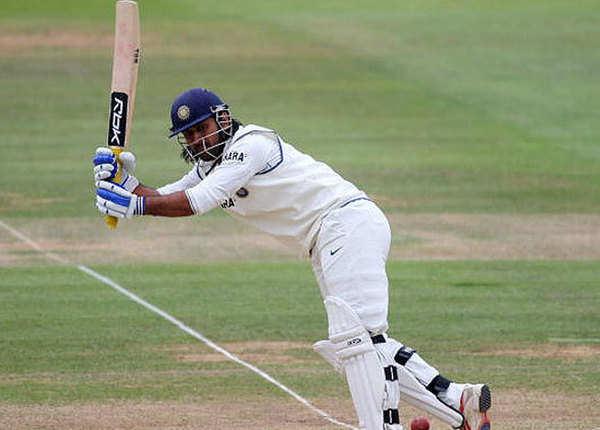 महेंद्र सिंह धोनी (76*)