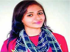 rajasthan girl saved man who drown in fatehsagar lake