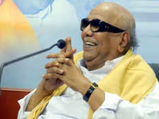 tamil nadu politics at crossroads after m karunanidhis demise