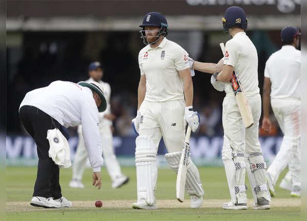 बेयरस्टो-वोक्स ने जोड़े 189 रन