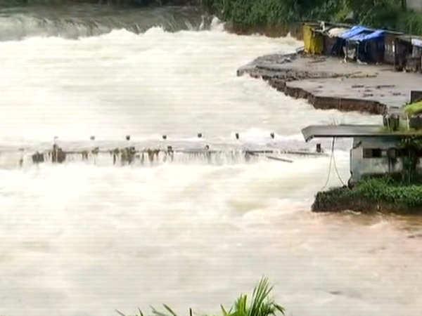 kerala floods death toll rises to 39