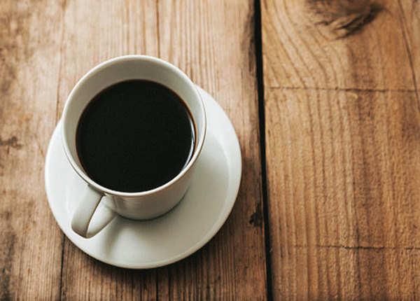 एनर्जी लेवल बढ़ाती ब्लैक कॉफी
