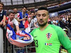 croatia goalkeeper danijel subasic retires from international football