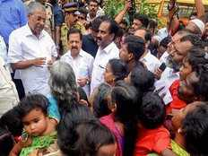 kerala floods more than 2 lakh people stays in relief camps