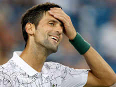 cincinnati masters tournament novak djokovic match delayed due to rain federer also cant play