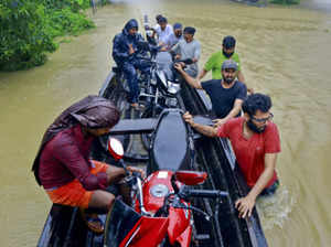 aap mlas mps to give their one month salary to kerala floods