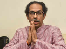 kerala shiv sena mp and mlas will donate one month salary for flood relief fond