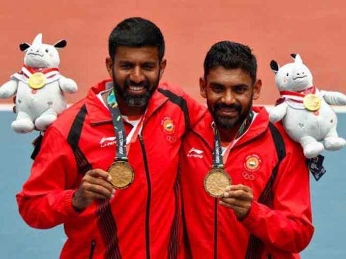 Pasangan Rohan Bopanna dan Divij Sharan memenangkan emas