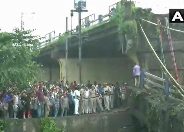 बेहाना और इकबाल इलाके को जोड़ता है पुल