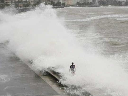 sea-high-tide