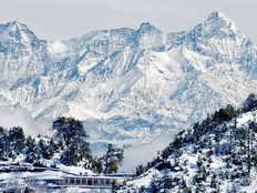 kanatal a beautiful hill station in uttarakhand best time to visit kanatal
