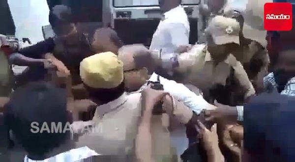 watch prof haragopal arrest at hyderabads gun park