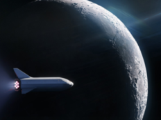spacex preparing for lunary travel