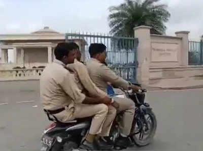 Lucknow Ek Baaik Par Teen Khaakeevaale, Tokane Par Di Gaali, UP Deejeepi Ka Aikshan