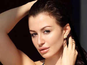 बेहद हॉट और सेक्सी हैं अरबाज की गर्लफ्रेंड जॉर्जिया ऐंड्रियानी