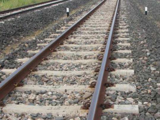 नेरुळ-उरण रेल्वे प्रकल्पातील स्थानकांची पाहणी