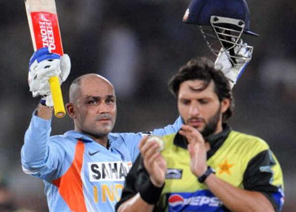 2008 (भारत 6 विकेट से जीता)