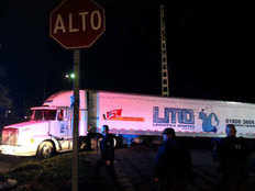 jalisco city morgues are so full that it stores corpses in trucks