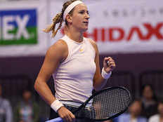 victoria azarenka makes her way to quarterfinals in tokyo