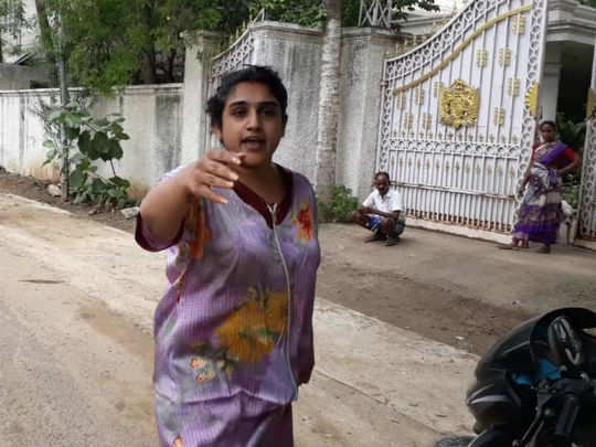 vanitha fight