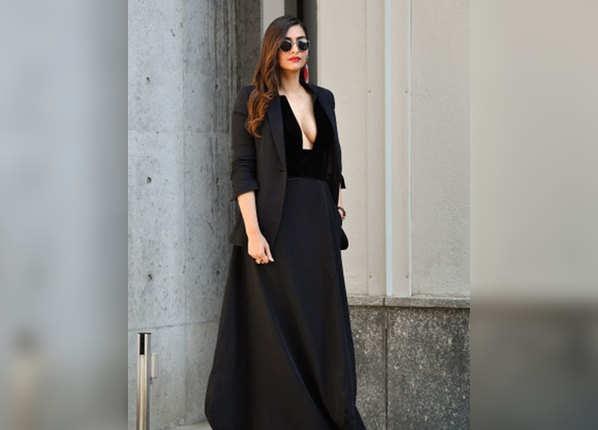 जॉर्जो अरमानी वुमन्स फैशन शो