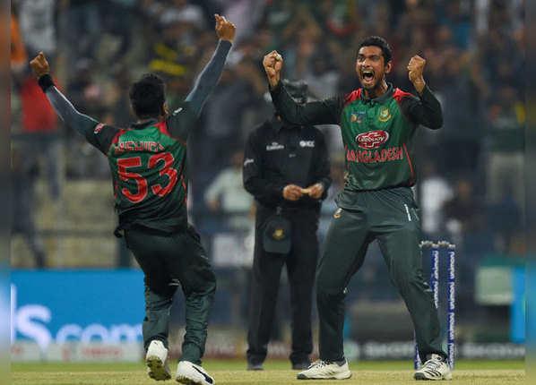 एशिया कप: पाक को हरा, फाइनल में बांग्लादेश