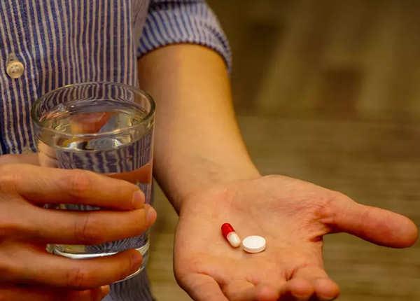 दवाई के बिना काम नहीं