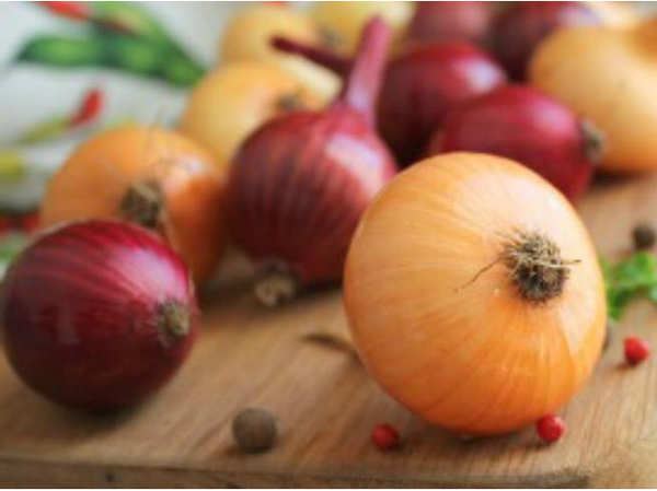 onion lowers the risk of cancer and heart stroke know more benefits