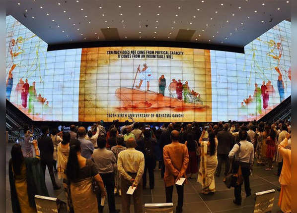 सिंगापुर में बापू ऐसे किए गए याद