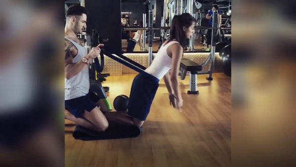 movie actress disha patani new workout video