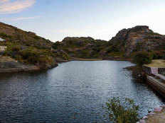 mount abu closed indefinitely visitors should cancel their trip